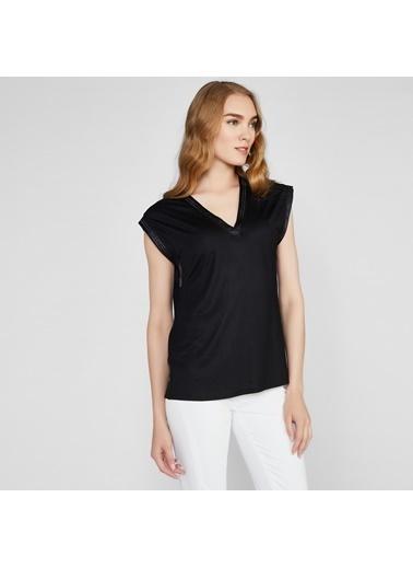 Vekem-Limited Edition V Yaka Kolsuz Bluz Siyah